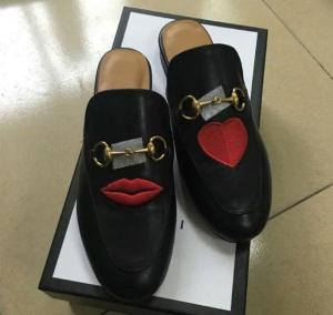Luxury Brand Genuine Leather Women Slippers Embroidery Flower Flat Shoes Spring Summer Fashion Slides European Designer Loafers