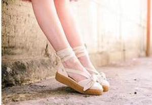 2017 Women Fenty Bow Creeper Sneaker Sandals Rihanna Lace Up Sandal Sneakers Leather rubber Beige Silver Natural Strap Sandales Femmes