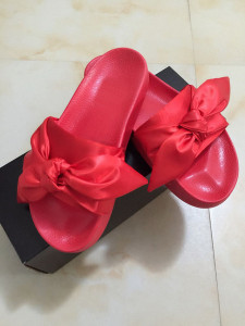 Fenty Rihanna Shoes Women Slippers Indoor Outdoor Sandals Girls Fashion Scuffs Pink Black White Grey Bowknot Slides With Dust bag