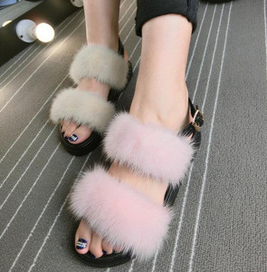 Hot Sell European and American style New Women Sandals Mink Fur Flat Sandals In Summer fluffy Sandals Chausson Femme